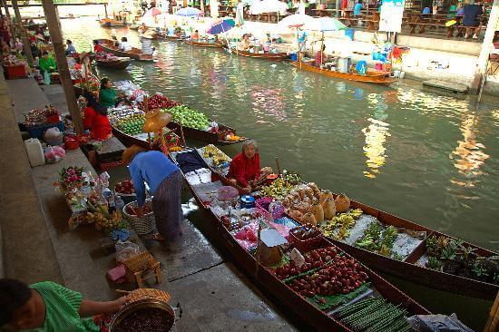 大林江水上市場