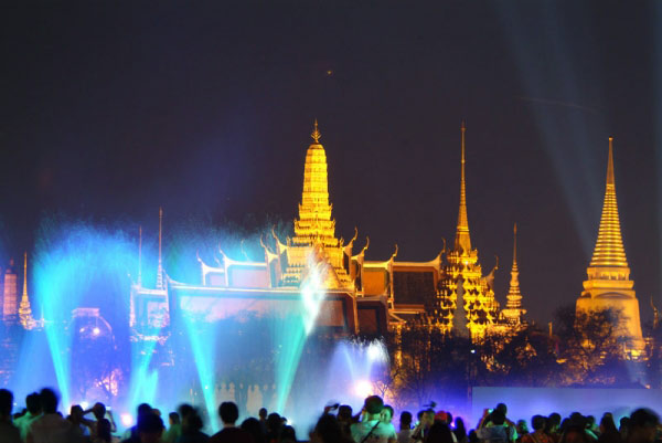 Light-and-Sound-from-Bangkok
